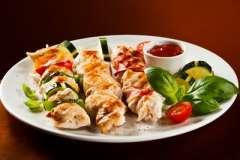 Вкусные рецепты: Ленивый штрудель (вариант), Куриный рулет с творогом и сыром, Сискал – кукурузная лепёшка