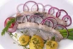 Вкусные рецепты: фаршированая куриная грудка, Рождественская коврижка, Супчик с яичком(легкий супец).